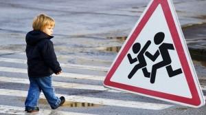 Vaikas turi mokėti elgtis gatvėje