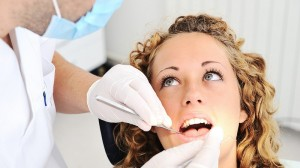 Dantų gydymas ir implantai