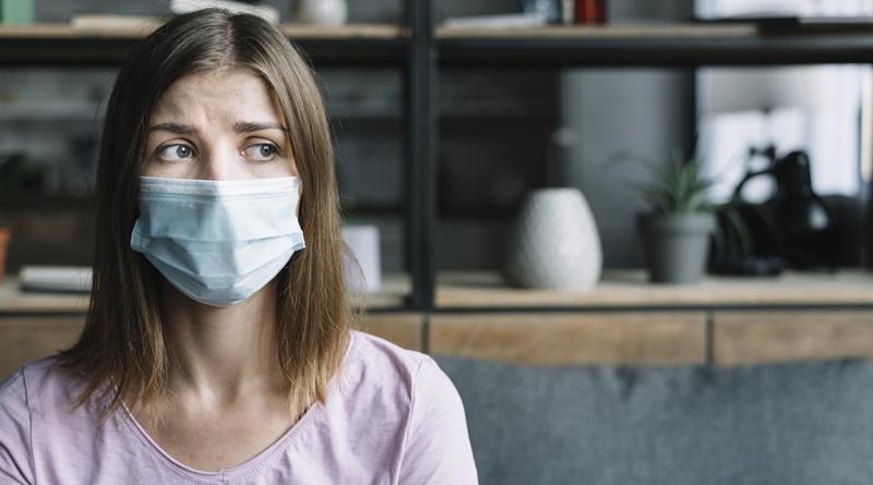 Sergantieji lengva koronavirusinės infekcijos forma bus gydomi namuose